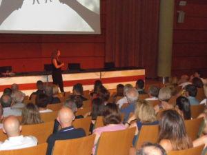 Silvia Bach imparte la conferencia sobre retail en las jornadas de compra de Atmósfera Sport