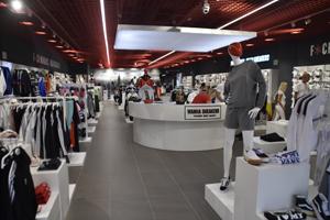 Wanna Sneakers abre una tienda de 300 metros