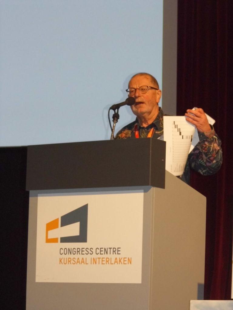 Malcolm Newbery interviene en la European Outdoor Summit