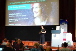 Benita Matofska interviene en la European Outdoor Summit