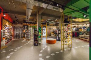 Nueva tienda Dooers sneakers de Forum Sport en Bilbao