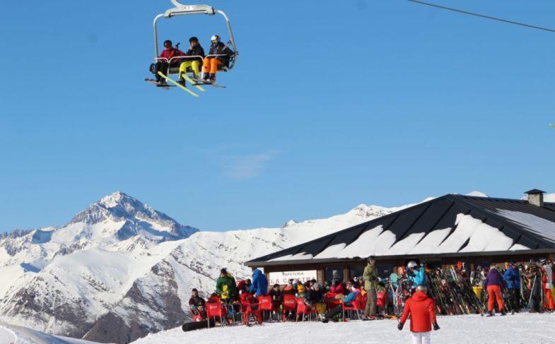 boi-taull-esqui-estacion-deportes-invierno-6ef048b1134f