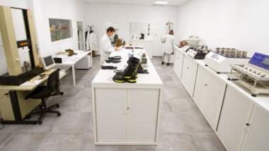 Chiruca afianza su apuesta por la innovación ampliando su laboratorio