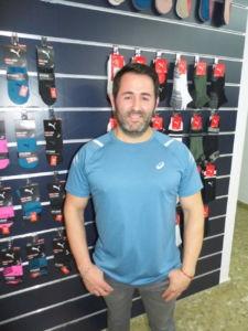 Juan Manuel Olivares participa en las jornadas de compra de Atmósfera Sport