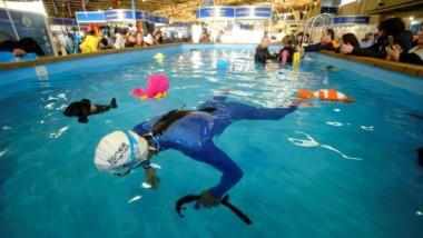 El Mediterranean Diving Show se sumerge de nuevo en Cornellà