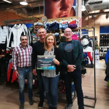 Intersport Tovar Sport gana el concurso Visual Merchandising de Buff