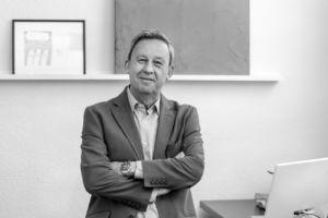 Ignacio Rojas es presidente de Peldaño