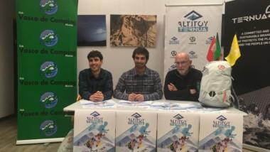 570 corredores testan la mochila de skimo de Ternua en la Altitoy