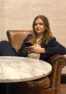 Anna Alert, coautora del artículo, es graduada en Gestión de Ventas y Espacios Comerciales.