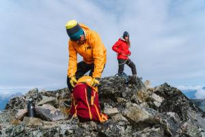chaquetas de altas prestaciones y rendimiento en montaña de Helly Hansen