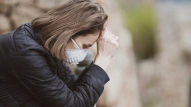 El consumidor postpandemia prefiere comprar menos a optar por el 'low cost'