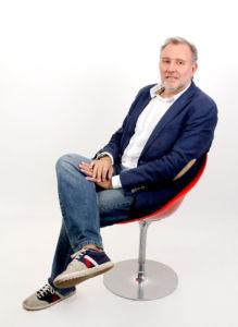 Enrique de Mora es consultor y conferenciante