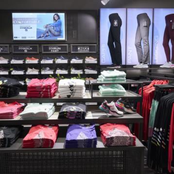Skechers abre en Madrid el primer centro de Europa con textil