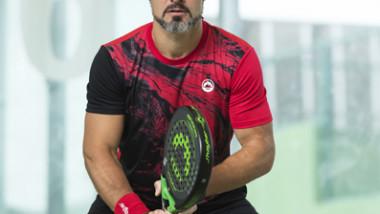 J'hayber completa el look de Agustín Gómez Silingo con una badana