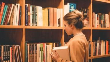 ¿Y si el bibliotecario te engaña?