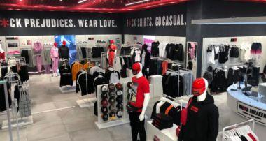 nueva tienda Wanna Sneakers en Granada