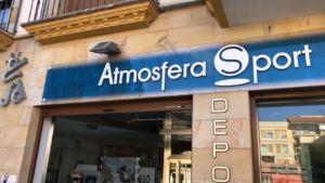 Nuevos rótulos en las tiendas de Atmósfera Sport