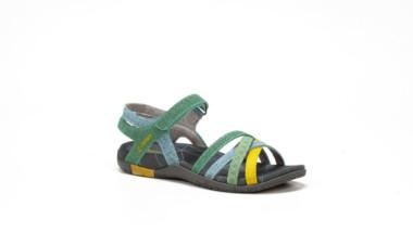 Chiruca lanza sandalias para todos los públicos