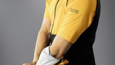 La chaqueta Gore Phantom Gore-Tex Infinium cubre la necesidad del ciclista urbano