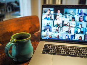 reuniones vía videoconferencia en tiempos de pandemia