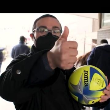 """Joma se implica en la campaña solidaria """"Ningún balón sin niño"""""""
