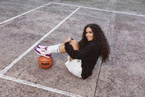 Puma presenta unas zapatillas inspiradas en las tendencias de los 90 de la mano de Cristina Pedroche