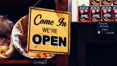 «El retail reclama profesionales que, más que centrarse en el producto, intenten saber por qué el cliente desea ese producto»