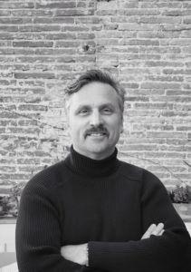 Carlos Sanchez-Llibre es cofundador de Bakery Group y de Tomando Conciencia.