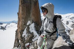 nueva chaqueta sostenible de Helly Hansen transpirable e impermeable