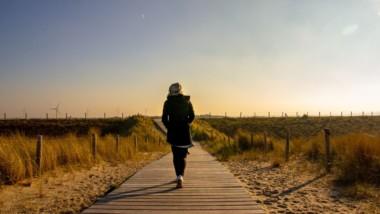 Casi la mitad de los españoles que salen a andar no utilizan ropa deportiva