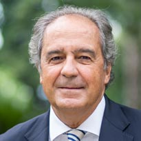 Alfonso Chiner, profesor de Iese