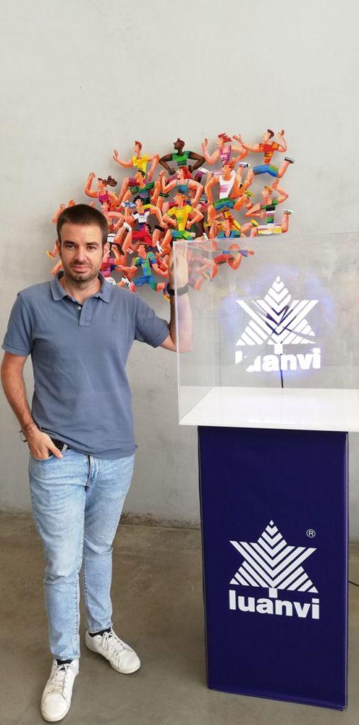 Javier Tarancón es director comercial de Luanvi