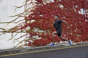 zapatillas Wave Rebellion de Mizuno para running