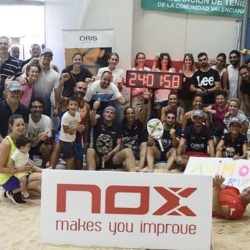 Nox hace historia en la playa