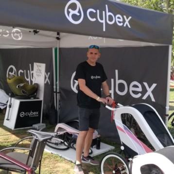 Cybex se pone a rodar buscando al deportista familiar